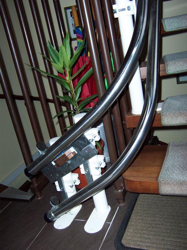 gebrauchte treppenlifte von hiro treppenlift. Black Bedroom Furniture Sets. Home Design Ideas